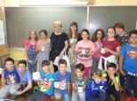 Poklon-šalice i učenicima OŠ Darda
