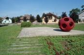 Fotoalbum: Park Grada Mohácsa u Belom Manastiru