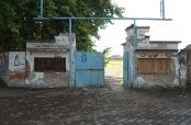 Gradski stadion u Belom Manastiru pred rušenjem