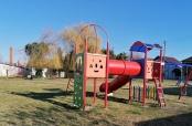 Fotovijest: Sunčano dječje igralište