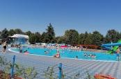 Prvo kupanje na Gradskim bazenima Beli Manastir
