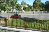 Fotovijest: Košnja trave u Betonskoj ulici